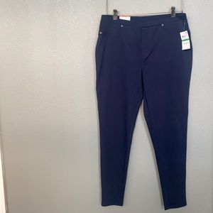 NWT Style & Co Mid rise curvy fit leggings